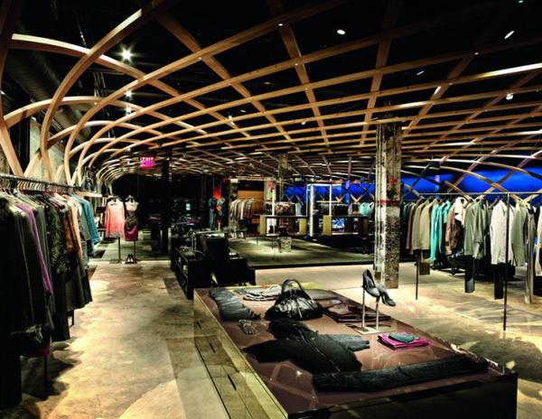 波士(Hugo Boss)曼哈顿第14街区的专卖店设计 男装店设计 奢侈品店设计 专卖店设计