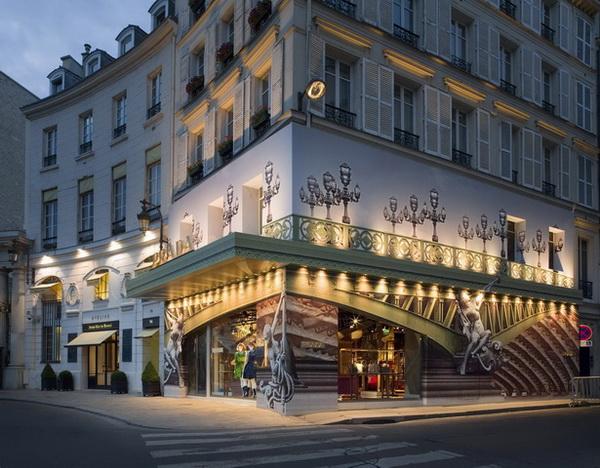 巴黎PRADA临时店面艺术设计 皮具店设计 女装店设计 奢侈品店设计