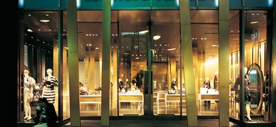 阿玛尼(Armani)东京旗舰专卖店设计 男装店设计 旗舰店设计 专卖店设计