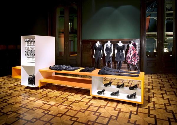 巴塞罗那H&M专卖店设计 旗舰店设计 女装店设计 专卖店设计