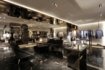 旗舰店设计_全新的Gucci新加坡Paragon旗舰店面设计 | 戈者设计