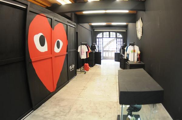 潮流品牌CDG PLAY墨西哥专卖店设计 男装店设计 服装店设计 时尚专卖店 女装店设计 专卖店设计