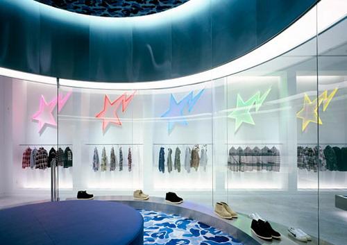 美国洛杉矶的BAPE服装专卖店设计 男装店设计 时尚专卖店 女装店设计 休闲服装店 专卖店设计