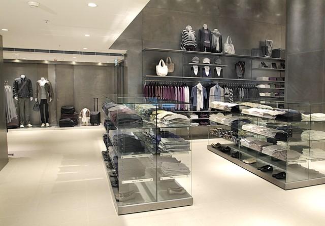 无印良品(MUJI) 专卖店设计 精品店设计 服装店设计 休闲服装店 专卖店设计