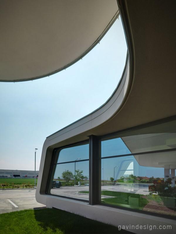 意大利库尼奥(Cuneo)加油站设计 加油站设计