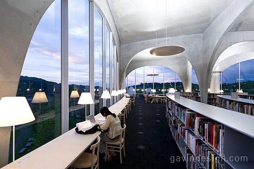 日本多摩美术大学图书馆设计 图书馆设计