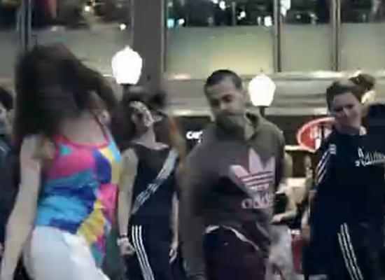 阿根廷Adidas员工集体高难度街舞