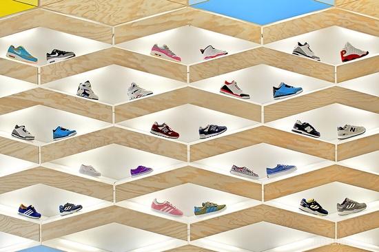 Suppakids儿童运动鞋店设计 鞋店设计 商业空间设计 专卖店设计
