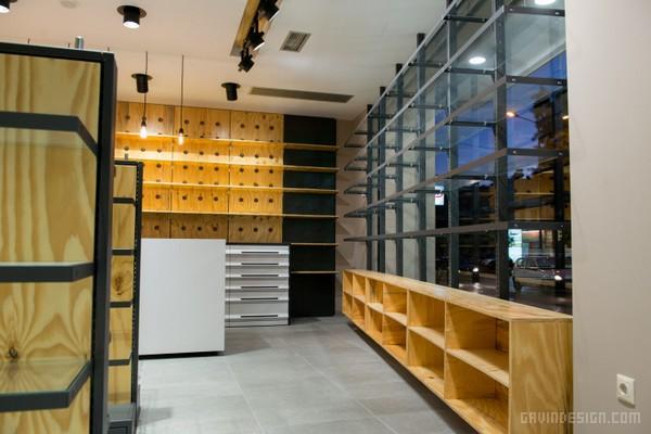 希腊雅典 The Box 药店设计  药店设计 希腊 商业空间设计 专卖店设计