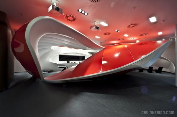 布拉格沃达丰 Vodafone 客户体验中心设计 展览设计 展厅设计 体验中心设计