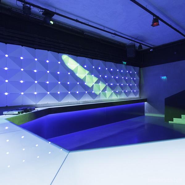 匈牙利布达佩斯 Kocka 酒吧设计 餐厅设计 酒吧设计 店面设计 商业空间设计