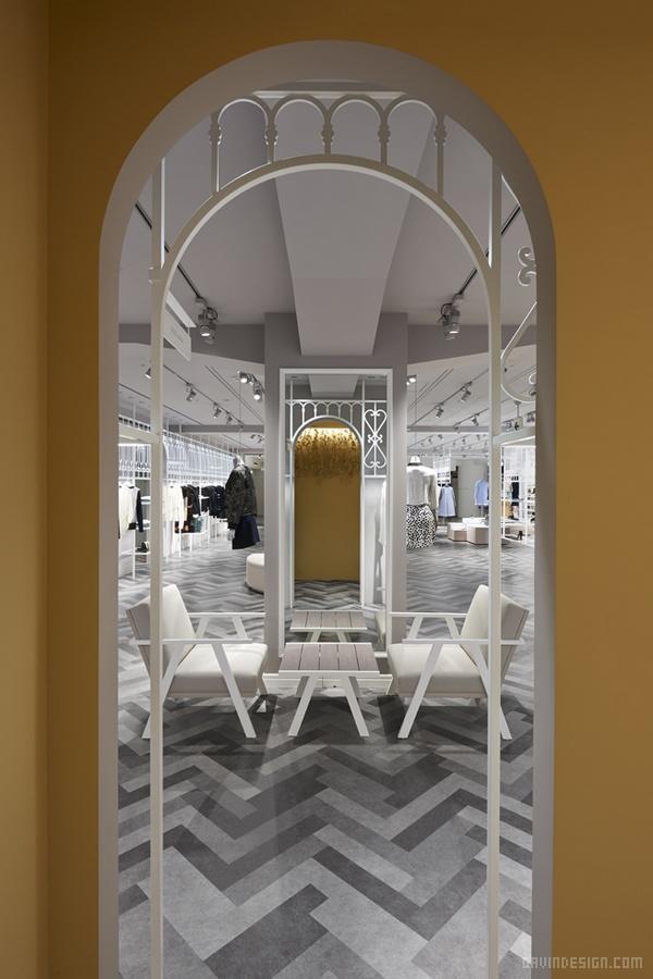 日本东京 COMPOLUX 服装店设计 日本 旗舰店设计 店面设计 商业空间设计 专卖店设计