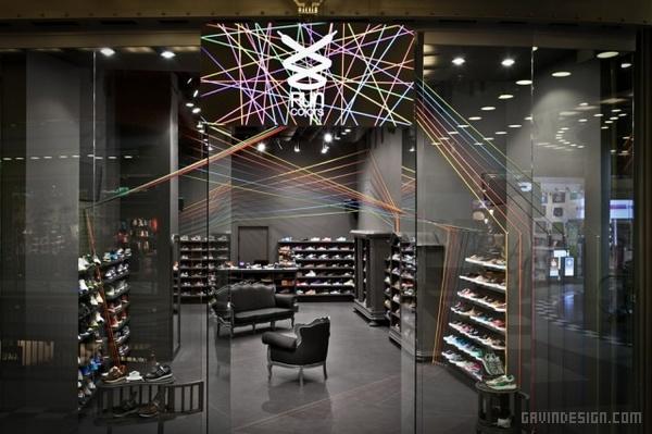 波兰华沙 Run Colors 运动鞋店设计 鞋店设计 店面设计 商业空间设计 专卖店设计