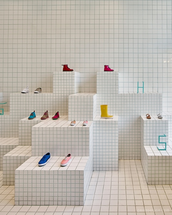 巴塞罗那 Passeig de Gràci 童鞋店设计 鞋店设计 西班牙 店面设计 商业空间设计 专卖店设计