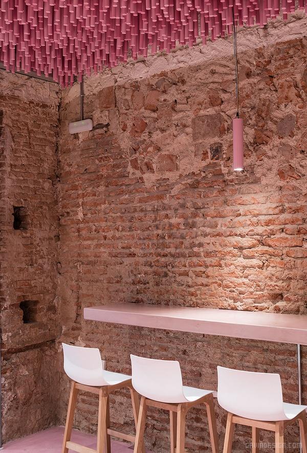 西班牙埃纳雷斯堡 pan y pasteles 面包店设计 面包店设计 西班牙 店面设计 商业空间设计 专卖店设计