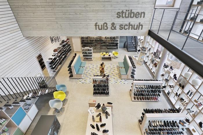 德国 Shoe Shelf Store 旗舰店设计 鞋店设计 旗舰店设计 德国 商业空间设计 专卖店设计