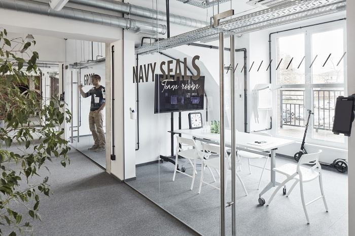 波兰 Chilid & XSolve 新总部办公室设计 办公空间设计 办公室设计