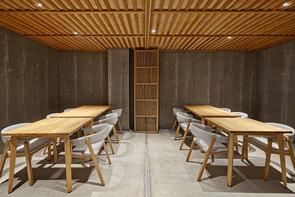 西班牙巴伦西亚 Nozomi 寿司店设计 餐厅设计 西班牙 菜单设计 日本 料理店设计 寿司店设计