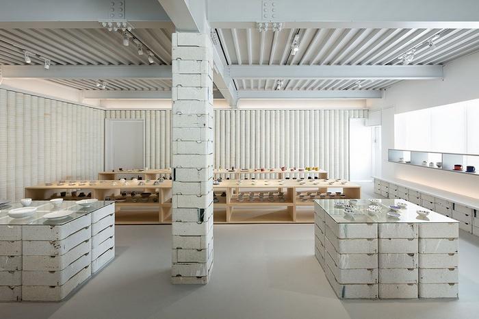 日本长崎 ōYANE 瓷器店设计 瓷器店设计 日本 店面设计 展厅设计 东京 专卖店设计