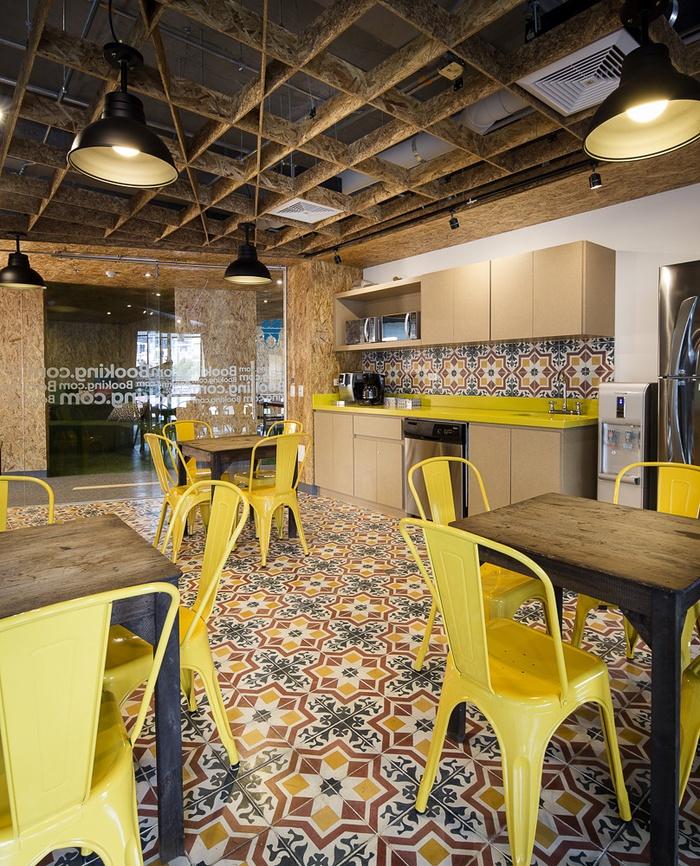 哥伦比亚 Booking.com 网站办公室设计 办公空间设计 办公室设计