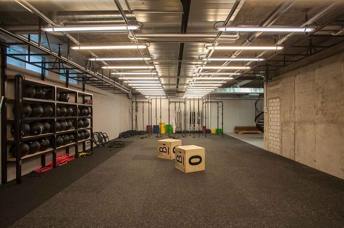 瑞士苏黎世 Balboa 健身房酒吧设计 酒吧设计 健身房设计