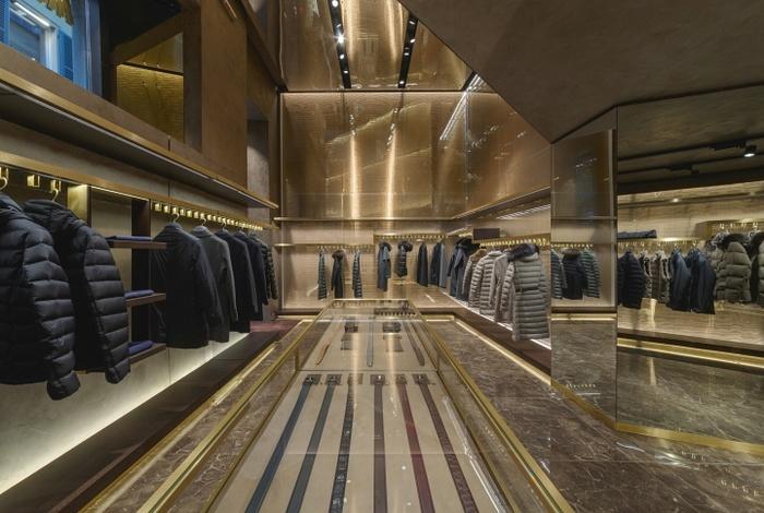意大利米兰 Moorer 旗舰店设计 服装店设计 旗舰店设计 意大利 店面设计 商业空间设计 专卖店设计