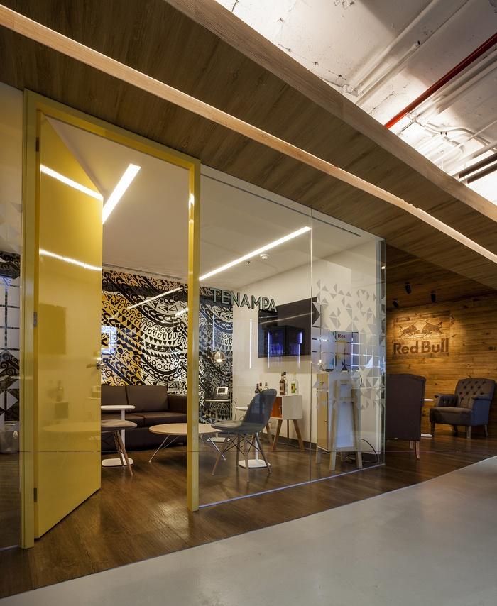 墨西哥红牛总部办公室设计 墨西哥 办公室设计