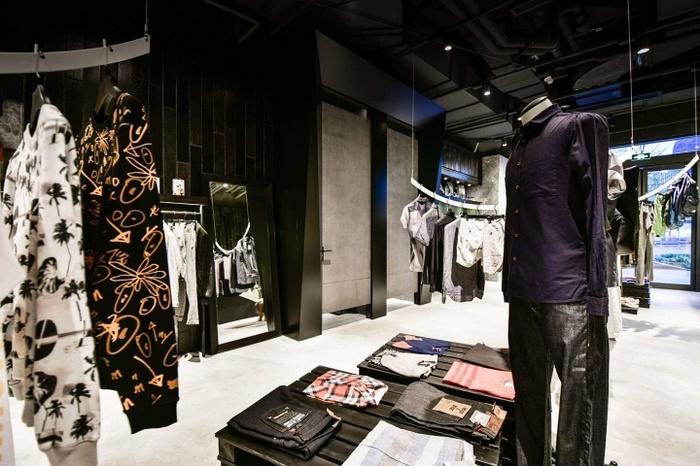 苏州 Project Aegis 服装店设计 服装店设计 店面设计 台湾 中国 专卖店设计