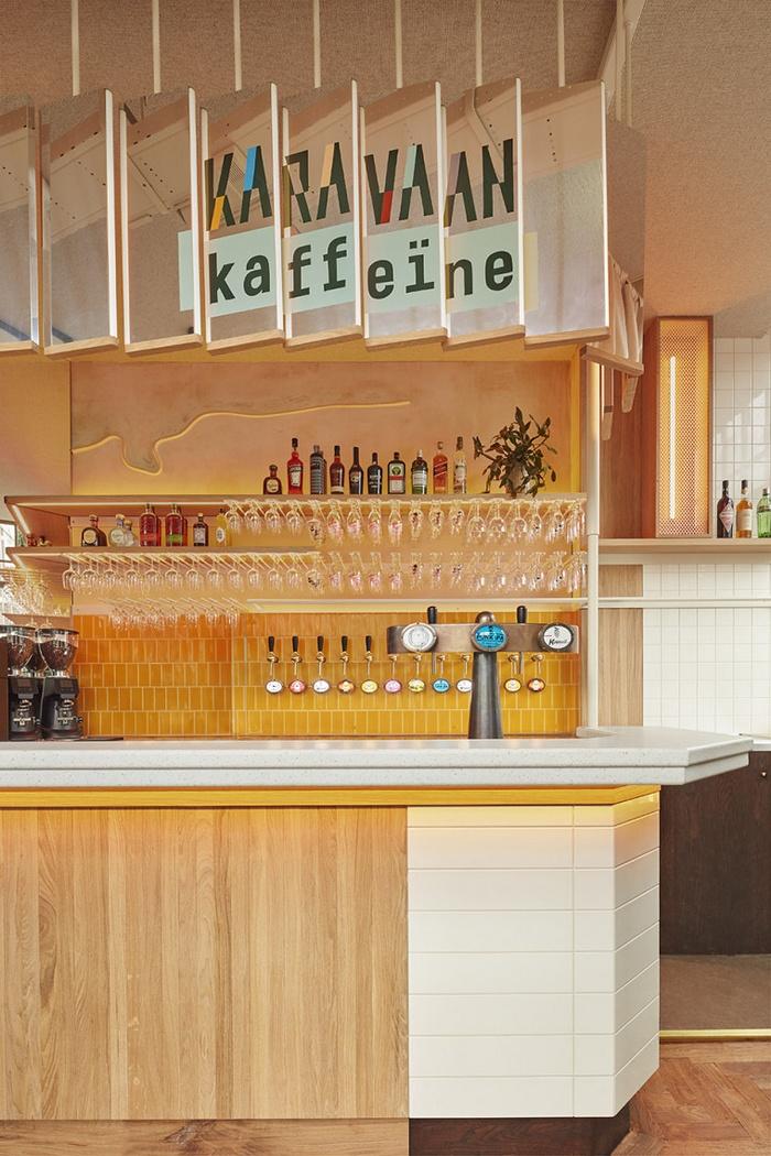 荷兰阿姆斯特丹 Karavaan 餐厅设计 餐厅设计 酒吧设计 荷兰 咖啡厅设计