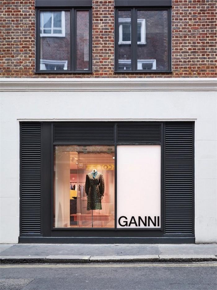 英国伦敦首家 Ganni 店铺设计 零售店设计 英国 服装店设计 店铺设计 专卖店设计