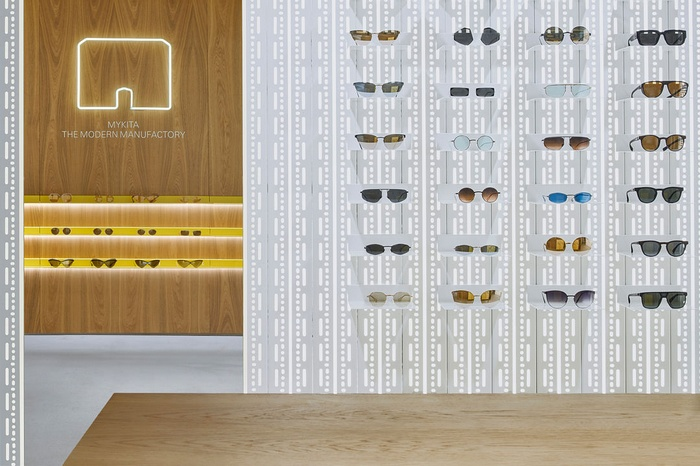 西班牙巴塞罗那 MYKITA 眼镜店设计 西班牙 眼镜店设计 店面设计 商业空间设计 专卖店设计